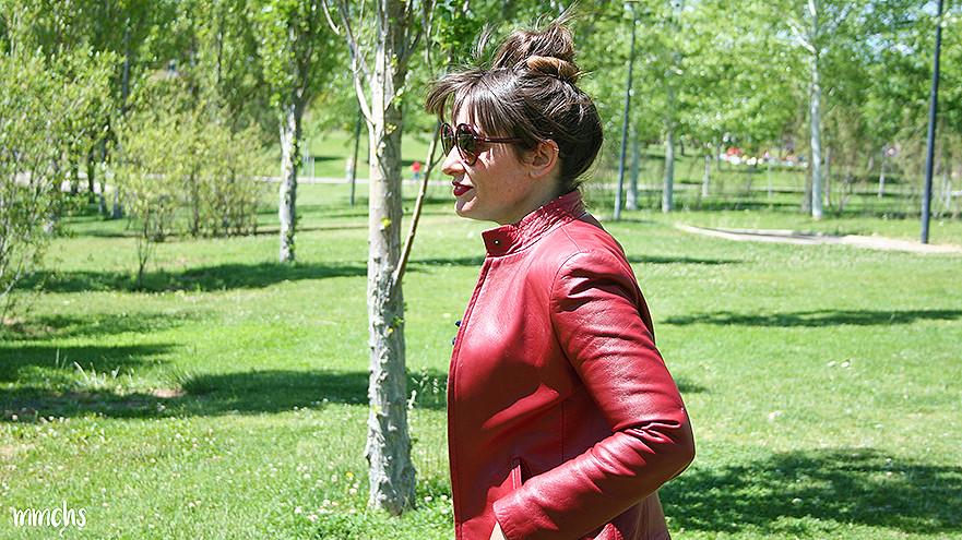 chaqueta roja de mujer de piel Massimo Dutti