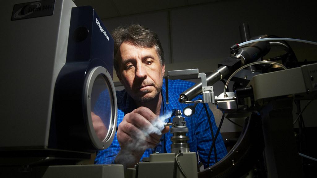 Dr Jean van den Elsen