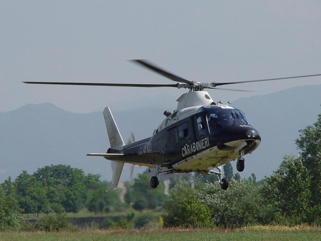 Paura in Campania, aereo ultraleggero scomparso nel nulla: si teme la tragedia