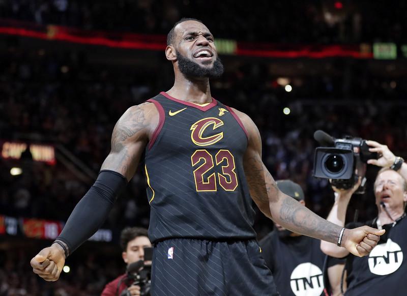 LeBron James的發揮將是影響系列賽決勝的重要因素。(達志影像資料照)