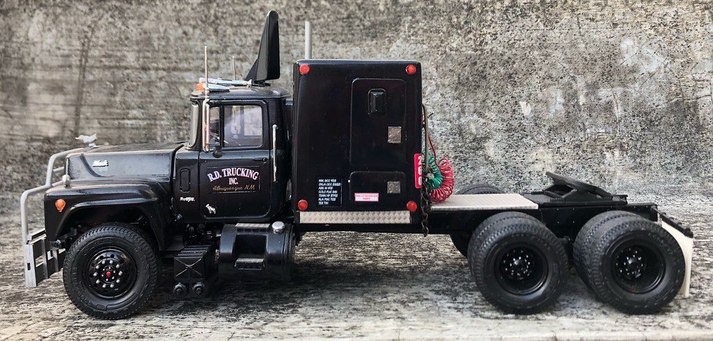 the famous rubber duck mack from the 1978 movie convoy. Black Bedroom Furniture Sets. Home Design Ideas