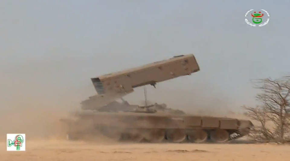 الجزائر اشترت من روسيا راجمات الصواريخ TOS-1A  - صفحة 2 28193496288_039e428c9c_o