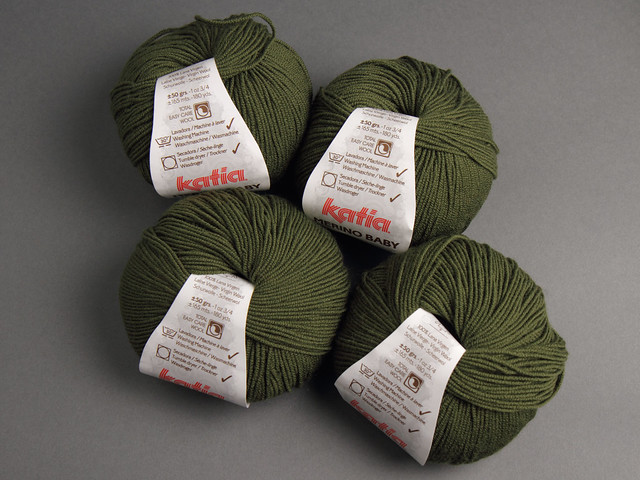 Destash yarn: Katia Baby Merino Superwash 4 Ply 50g ball – 26 (forest green)
