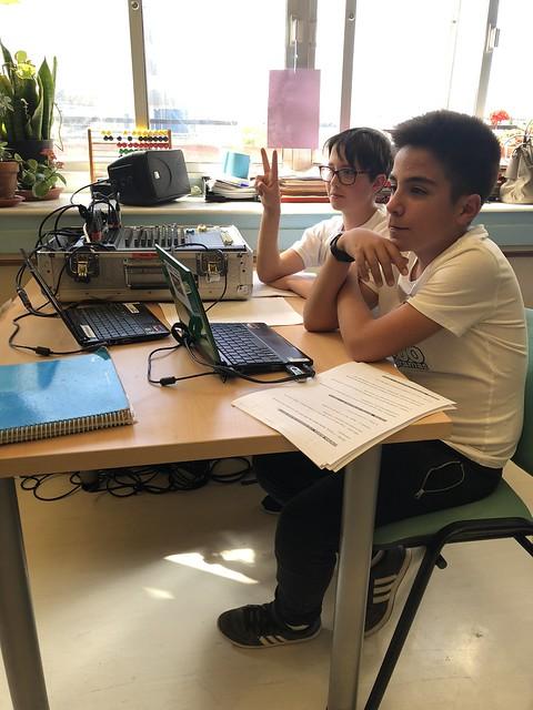 AionSur 42088292392_e800ca73c4_z_d La escuela del Virgen del Rocío acoge el programa 1.000 de Radio Paz Educación