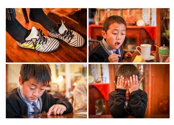 小学校・中学校入学記念の家族写真 愛知県瀬戸市のカフェ、ローザ―アーケード(Lowther Arcade)でのロケーション撮影 アンティーク家具・雑貨
