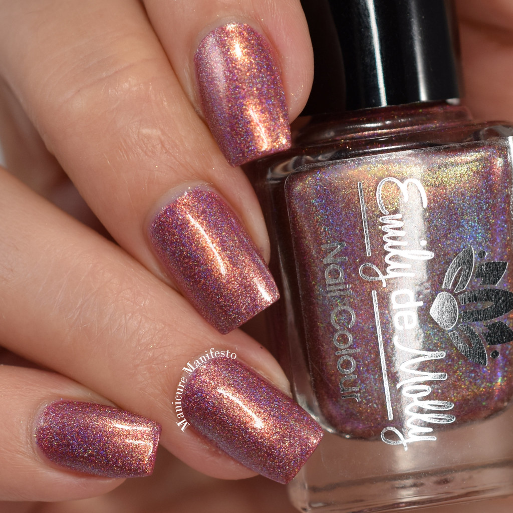 Emily De Molly Reflected Glory swatch