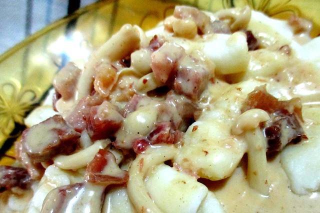 Potato gnocchi with bacon & enoki mushroom & alfredo sauce 2