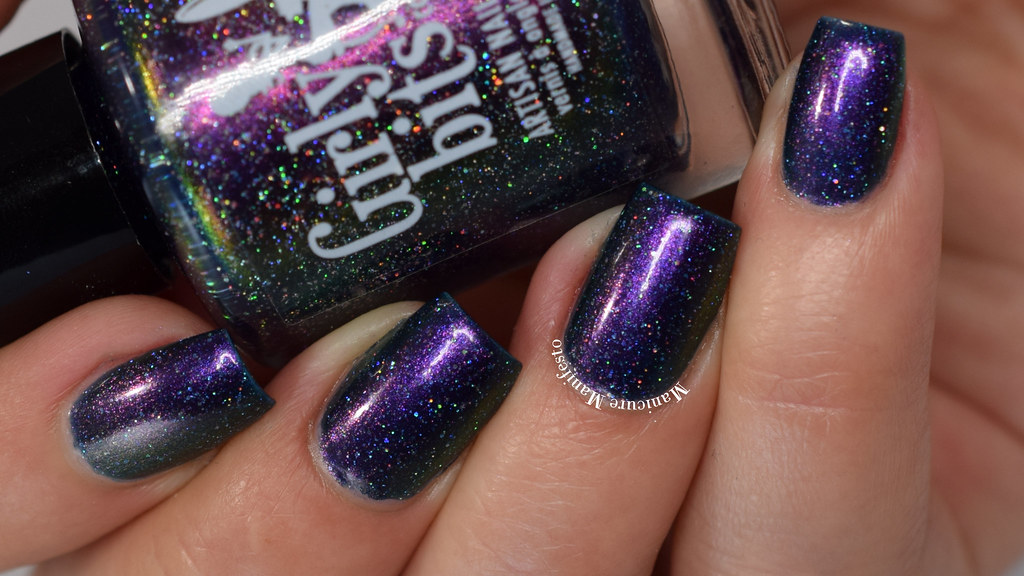Girly Bits Sparrow Of The Dawn