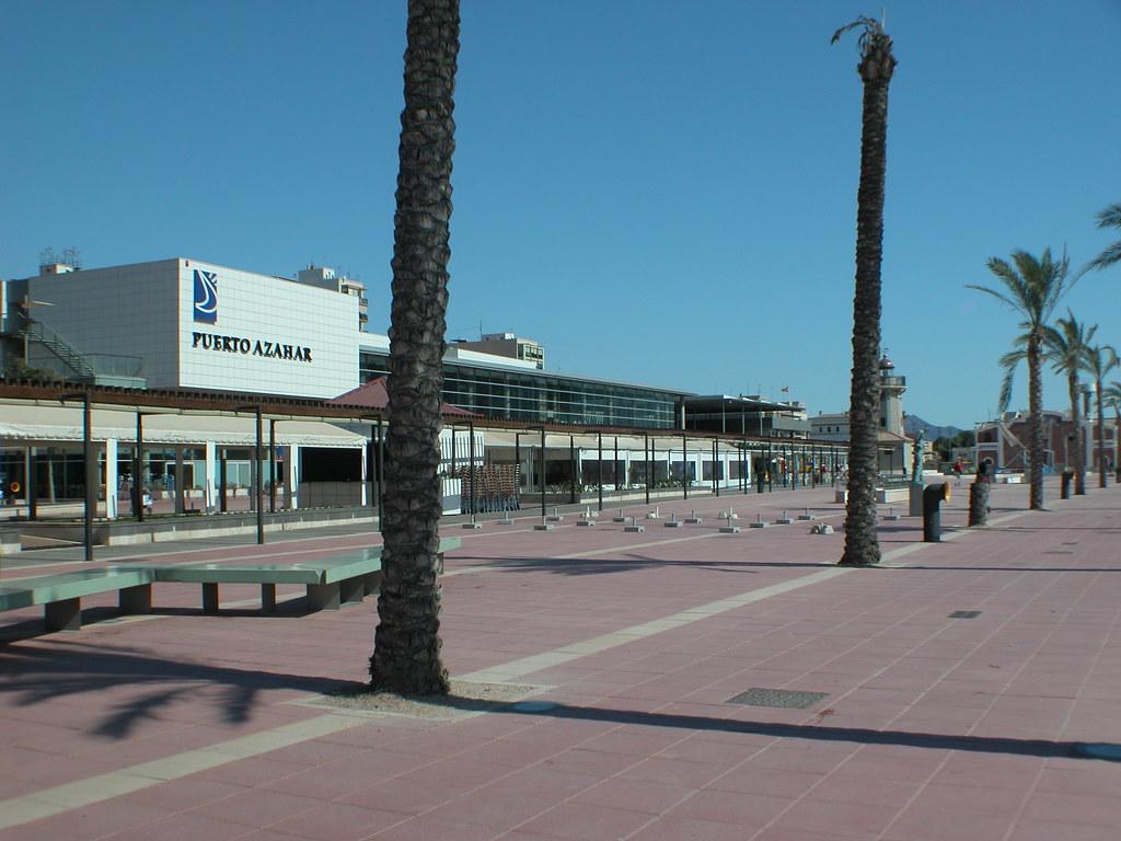 Finde en castell n puerto deportivo la zona comercial c flickr - Cines puerto deportivo getxo ...