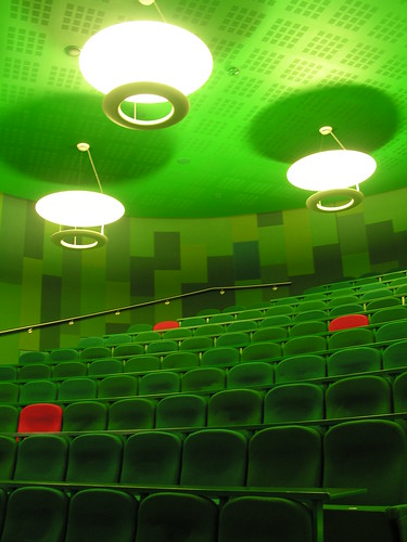 Blizard Building lecture theatre | by Squirmelia