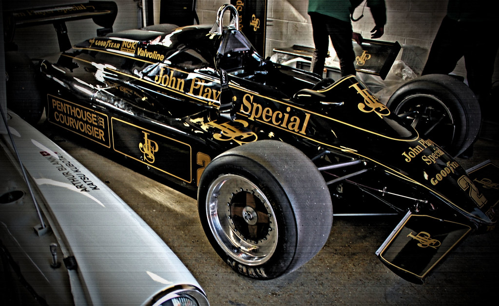 Vintage Pit Views\' John Player Special,Lotus Classid F1 R… | Flickr