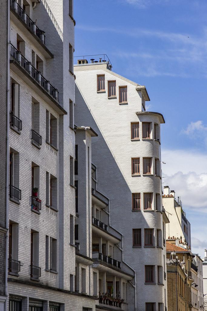 Immeuble Et Piscine Des Amiraux Paris Iain Mclauchlan Flickr