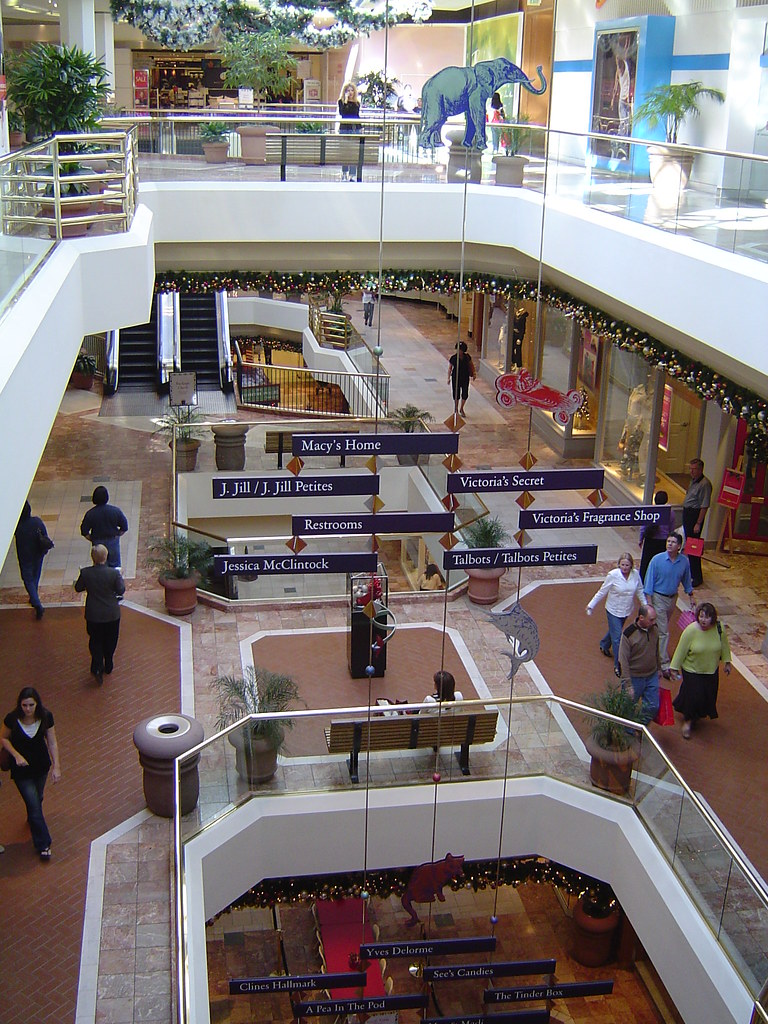 palisades mall map with 312586609 on 507001 likewise Dave And Busters Employment Application further 4829049050 as well Build A Bear Workshop also Orange County  California.