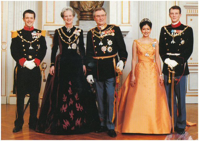 The royal family of denmark from isabetta italia flickr the royal family of denmark by koprakardulas susatiina sciox Image collections