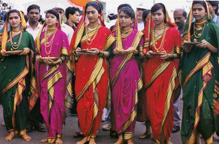 Maharashtra India Dress