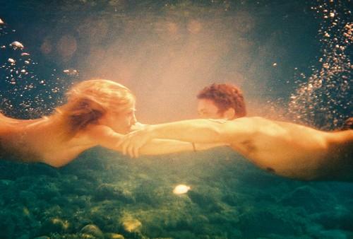 underwater romance | black stena | Flickr