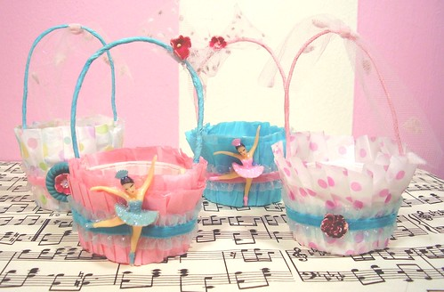 ballerina nutcups from the sweet as can be Hollydoodle!! | by holiday_jenny