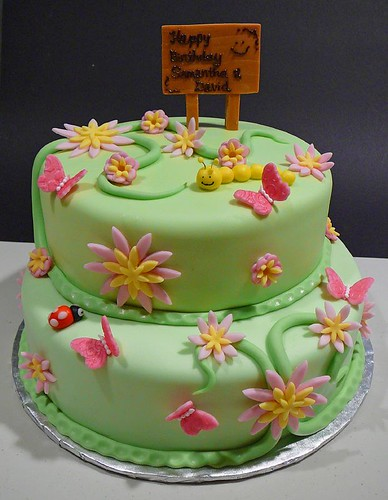Samantha and David's Garden Birthday Cake | by Dreemkäggs