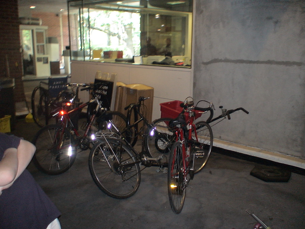 American Museum Of Natural History Indoor Bike Parking Flickr