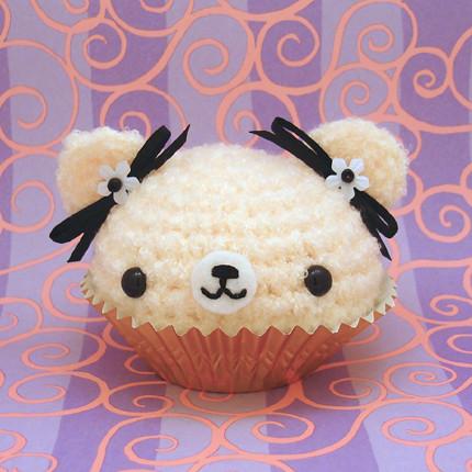 Amigurumi Cute Cupcake : Amigurumi Vanilla Bean cupcake bear Jou Ling Yee Flickr
