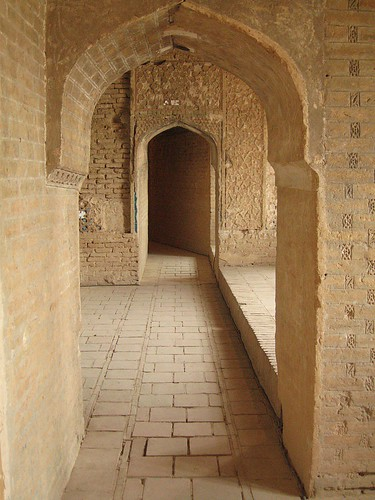 Upper open air walkways, Soltaniyeh