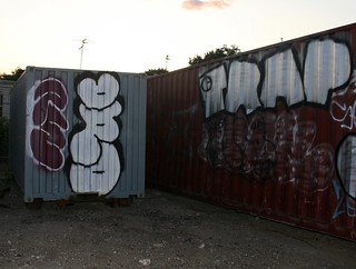 dro reskew trap | by New YorK day in the life GRAFFITI