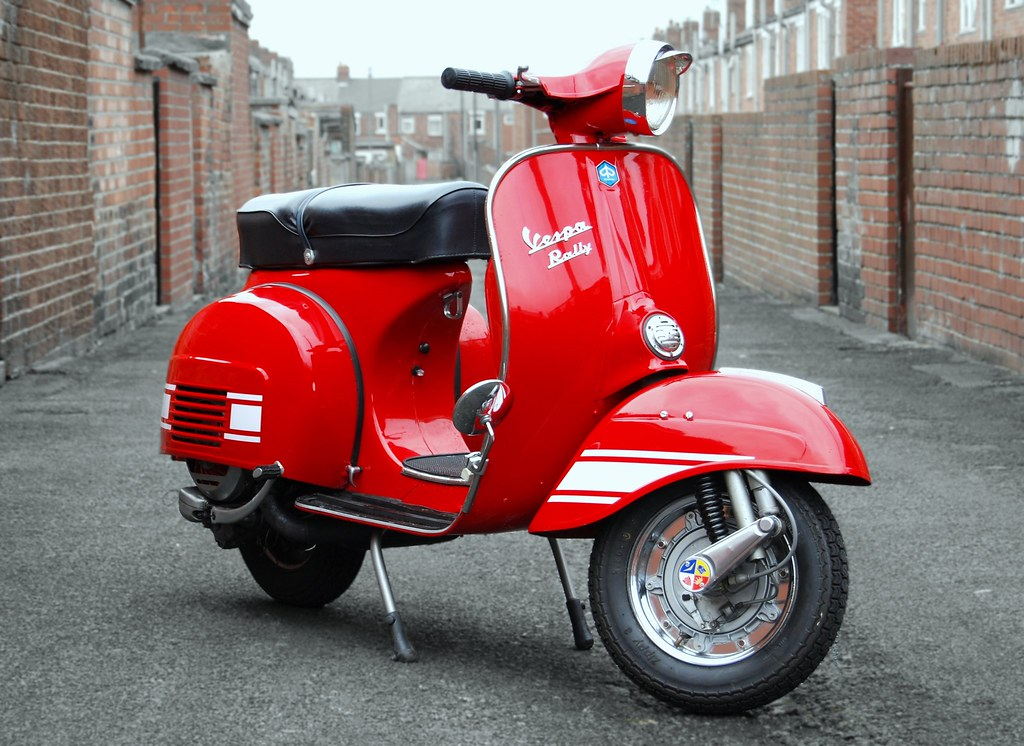 back street heroine red vespa rally 200 in the backstreets flickr