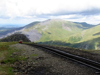 Snowdonia Railway, struggling to reach the top | by gterez