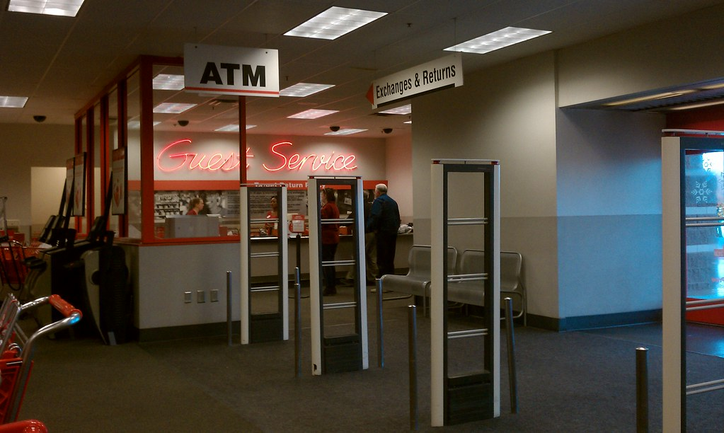 Target - Ames, Iowa - Guest Service Prior to Remodel | Flickr