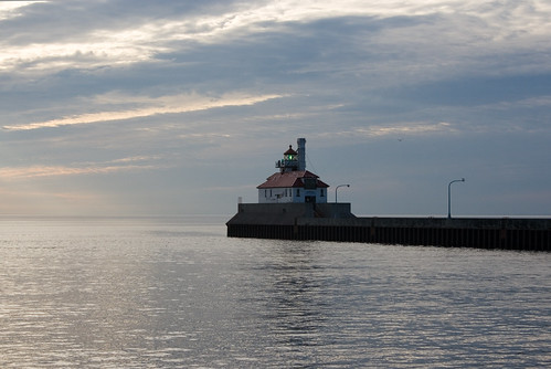 Duluth South Pier | by cwbash