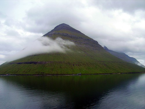 cloudy peak,Faroe islands | by norvegia2005sara