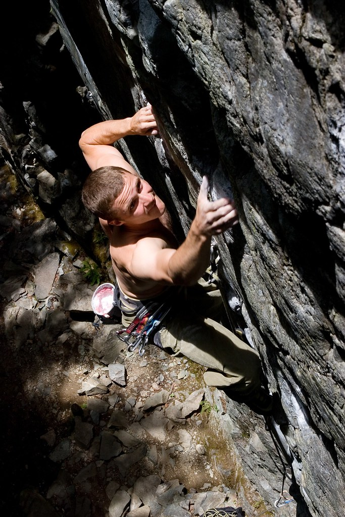... Fraser On Rug Munchers (5.11d) Chek, BC | By Rik Logtenberg
