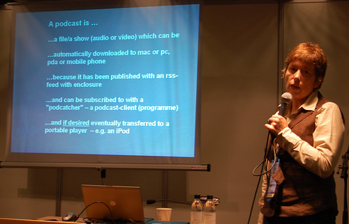 Karin Høgh talked about usability in podcasting | by skrivanet