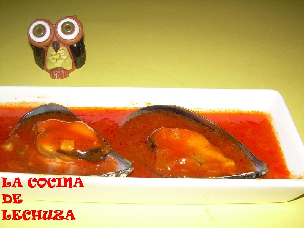 Mejillones Tigres En Fuente Una Lechuza En La Cocina Flickr
