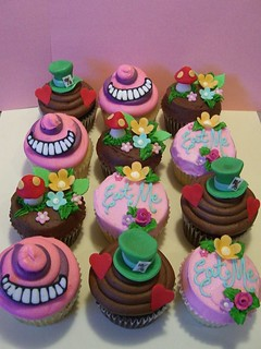 lots o' alice cuppies | by be cheery (lollipop workshop)