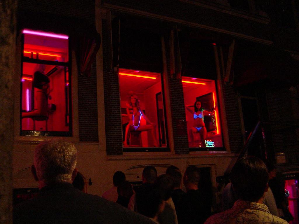 amsterdam district girls light Red