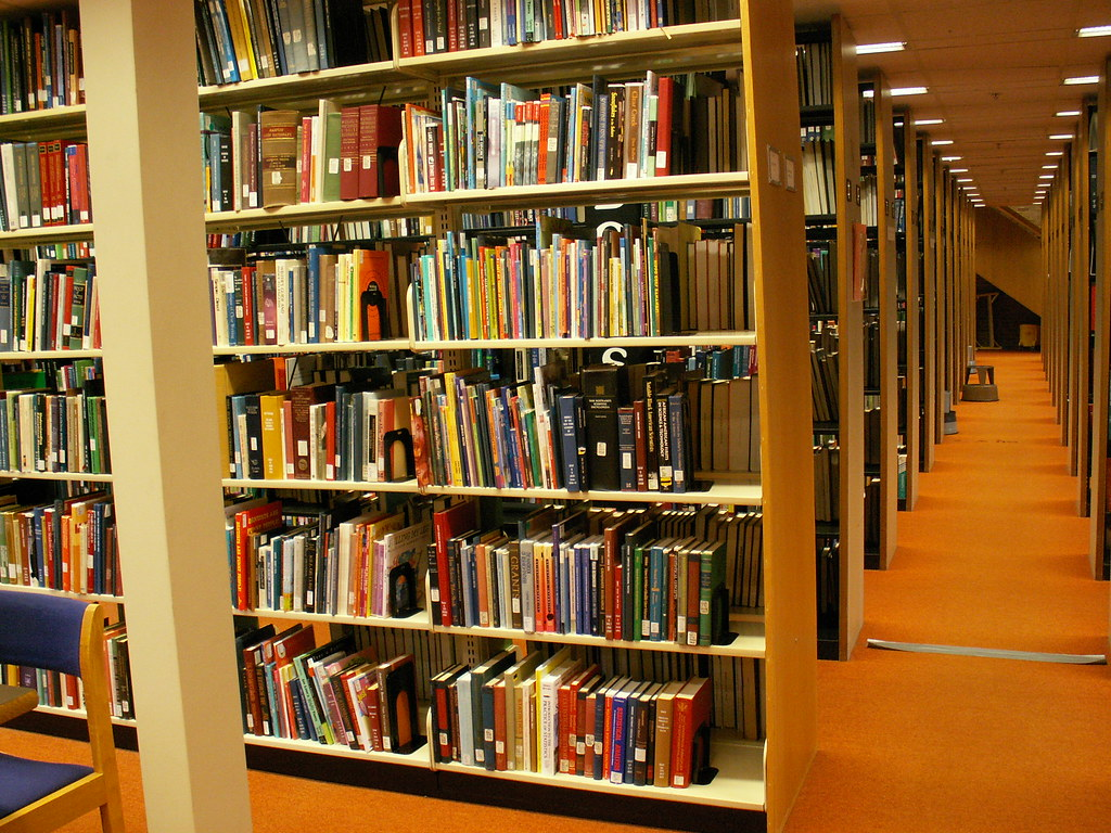 Dentistry Library Book Stacks Monographs Rosefirerising Flickr