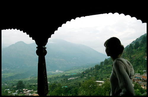 Himachal Pradesh, Hotellerie de luxe à Manali, chateau Naggar | by Calinore