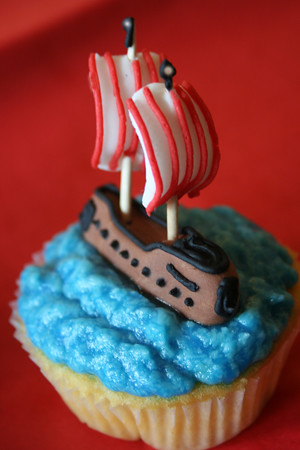 Pirate Ship Cupcakes Www Clarescupcakes Co Uk