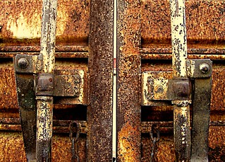 DOOR LATCHES | by LinBow