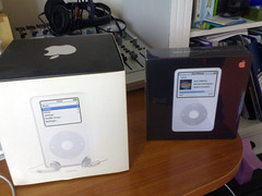 iPod Unpacking 5 | by mlgroveruk
