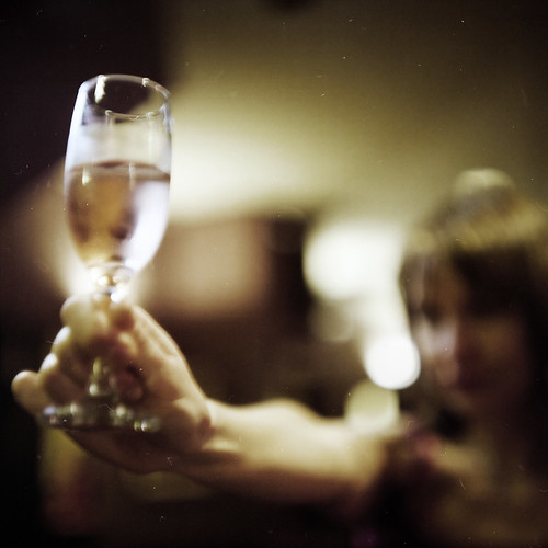 Sandy + Wine + bad focusing | by memetic
