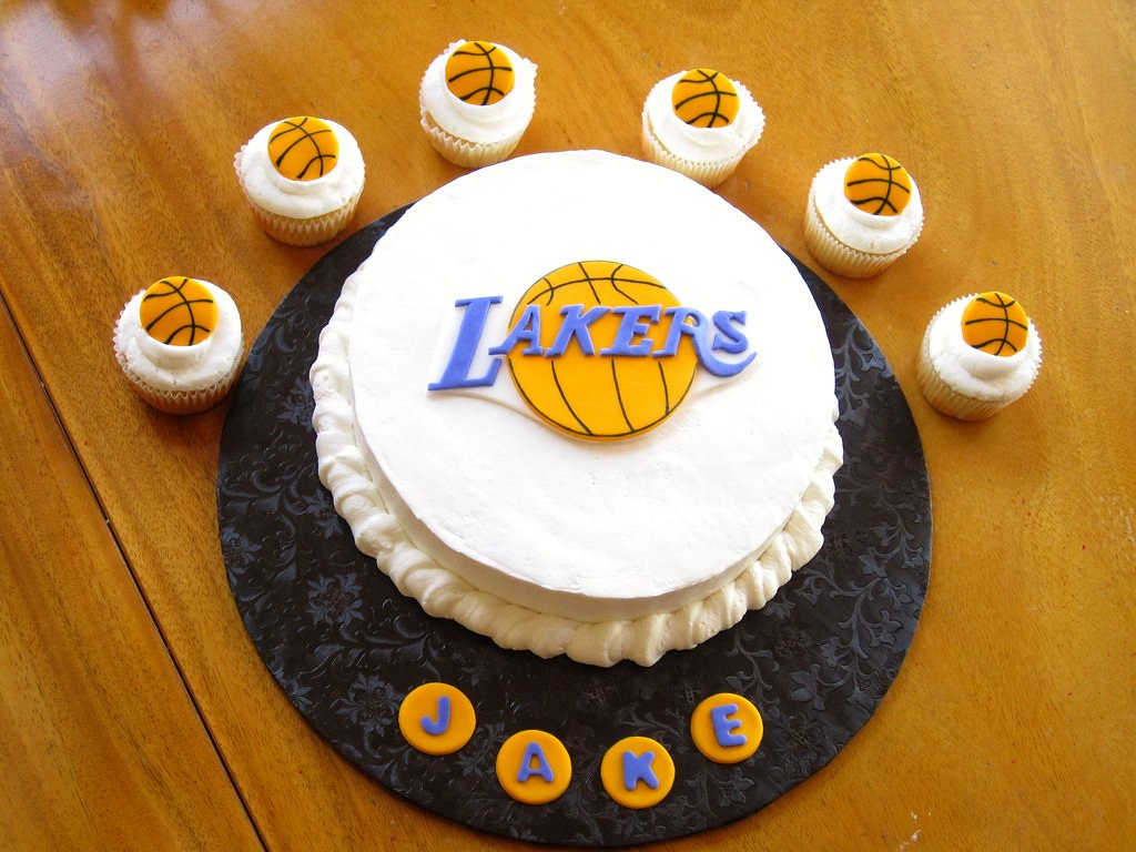 Lakers Birthday Cake Shockingly This One Took Longer Tha Flickr