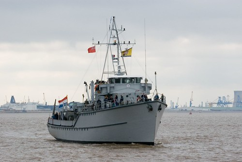 Dutch Minesweeper HMS SITTARD | by ArcticCorsair - Pentax Shooter