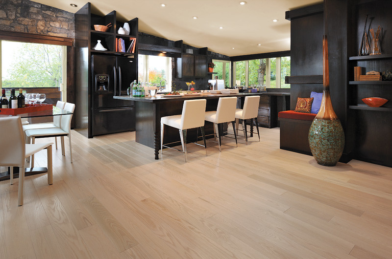 ... Mirage Alive Red Oak Isla [Dining]   By Mirage Floors