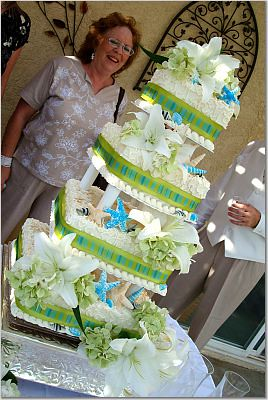 Green and Blue Wedding Cake | alexislrobbins | Flickr