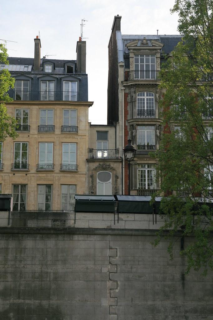 Outstanding The Smallest House In Paris Willsonworld Flickr Download Free Architecture Designs Terstmadebymaigaardcom