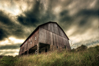 Ye Old Barn | by dfworks