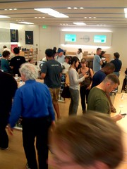 Apple store in Palo Alto | by scriptingnews