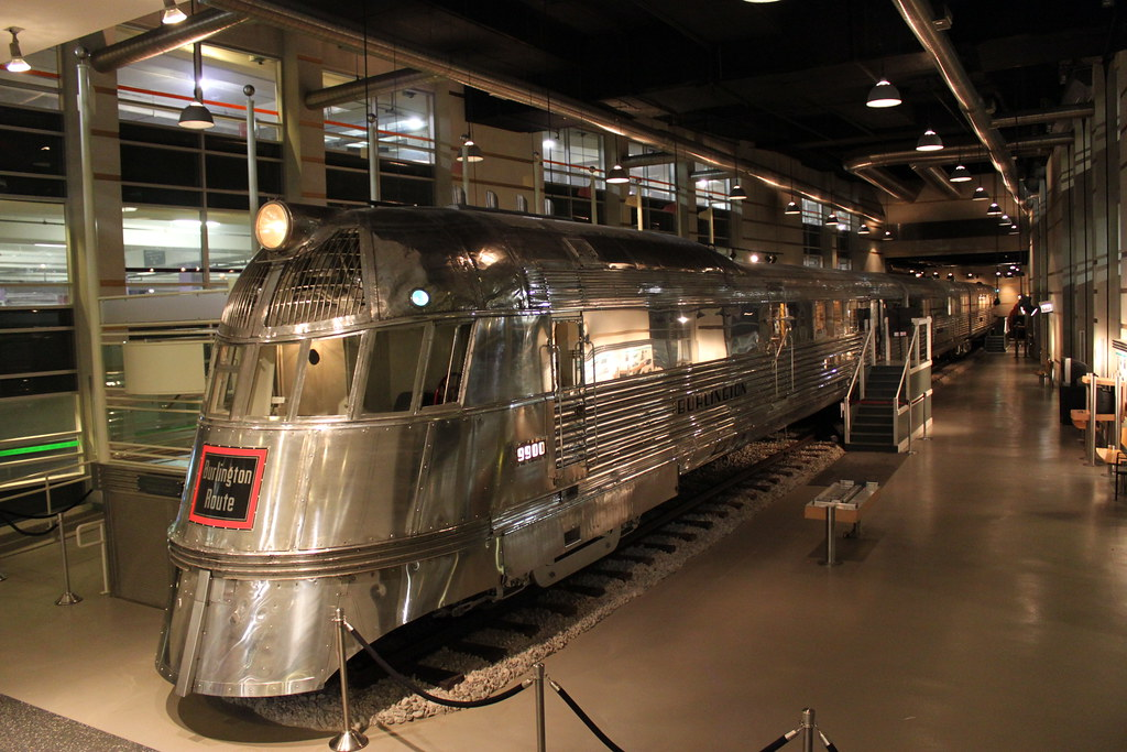 pioneer zephyr at museum of science and industry the pione flickr